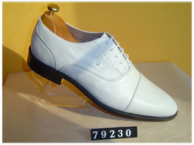 Pedro Camino white cap-toe patent oxford shoes